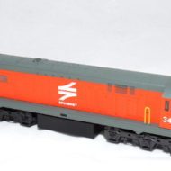 Class 34 Spoornet Orange diesel # 34 102- HO (Powered)