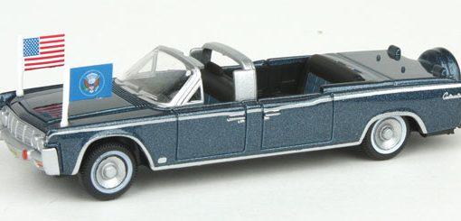 1961 lincoln continental x100 ho dream trains model trains. Black Bedroom Furniture Sets. Home Design Ideas