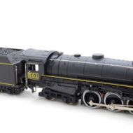 4-6-4 Hudson TH&B Steam Locomotive (DC) - HO