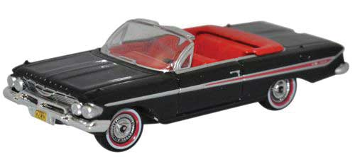 1961 Chevy Impala Convertible (Black and Red) - HO