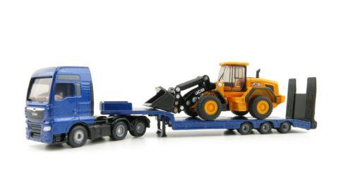 MAN truck with low loader and JCB wheel loader - HO