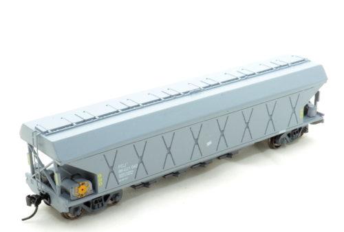 FGL Jumbo Grain Wagon (Spoornet) - HO (Kadee)